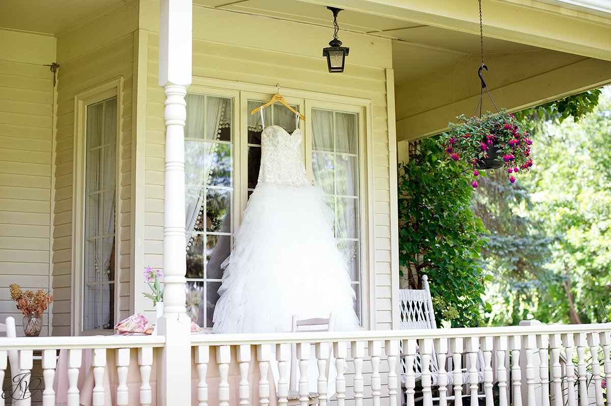 beautiful wedding dress asa ransom house