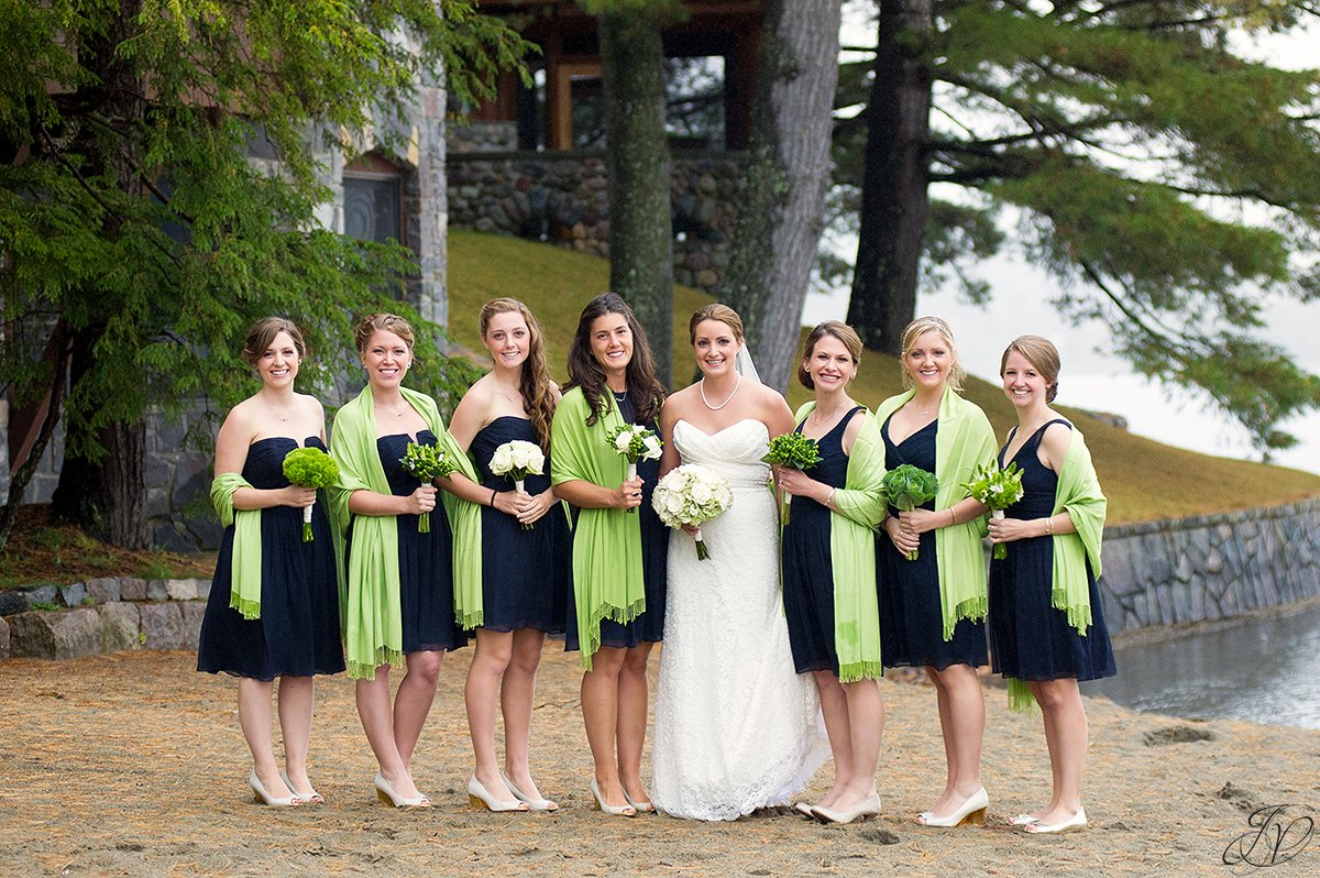 gorgeous bridal party photo, bridesmaids in blue dresses