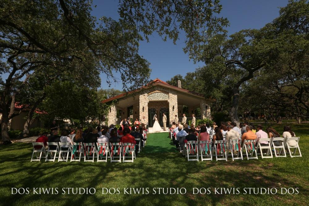 Our favorite venuesom a san antonio wedding photographer the westin riverwalk san antonio junglespirit Image collections