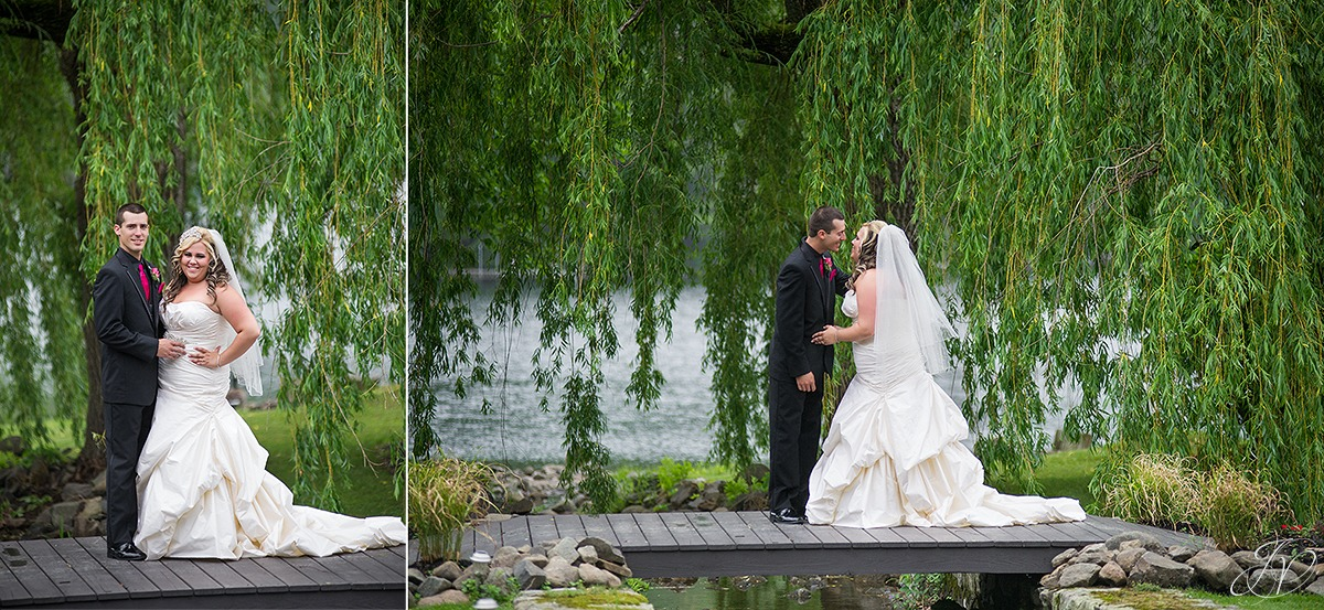 summer wedding photos, bride and groom on bridge