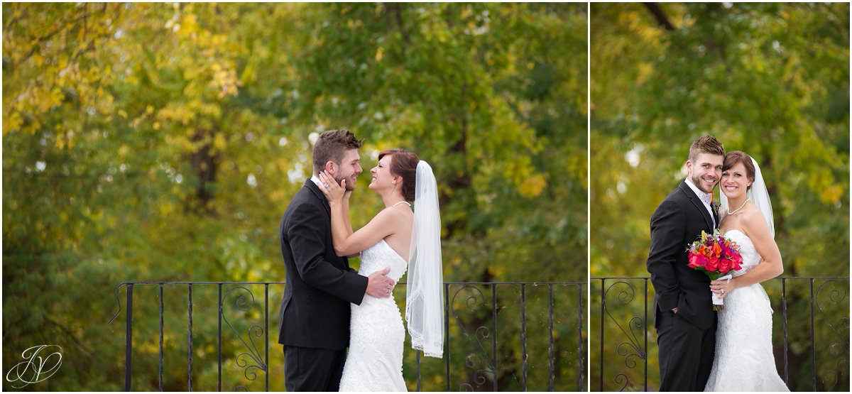 bridal portrait scenic fall glen sanders mansion wedding