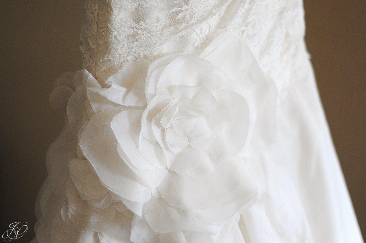 unique bridal gown photo, bridal gown details