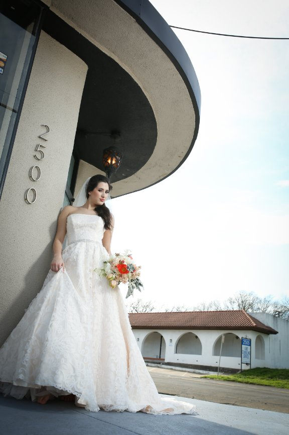 Magnificent Pats Gowns Waco Tx Images - Ball Gown Wedding Dresses ...