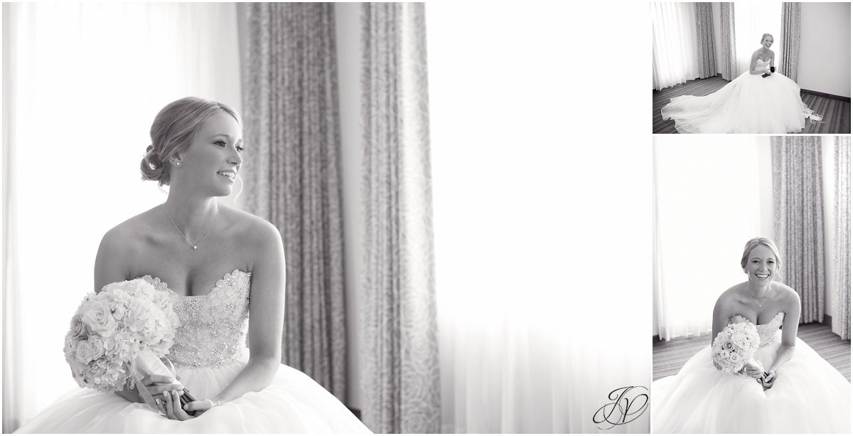 bridal portrait pre wedding black and white