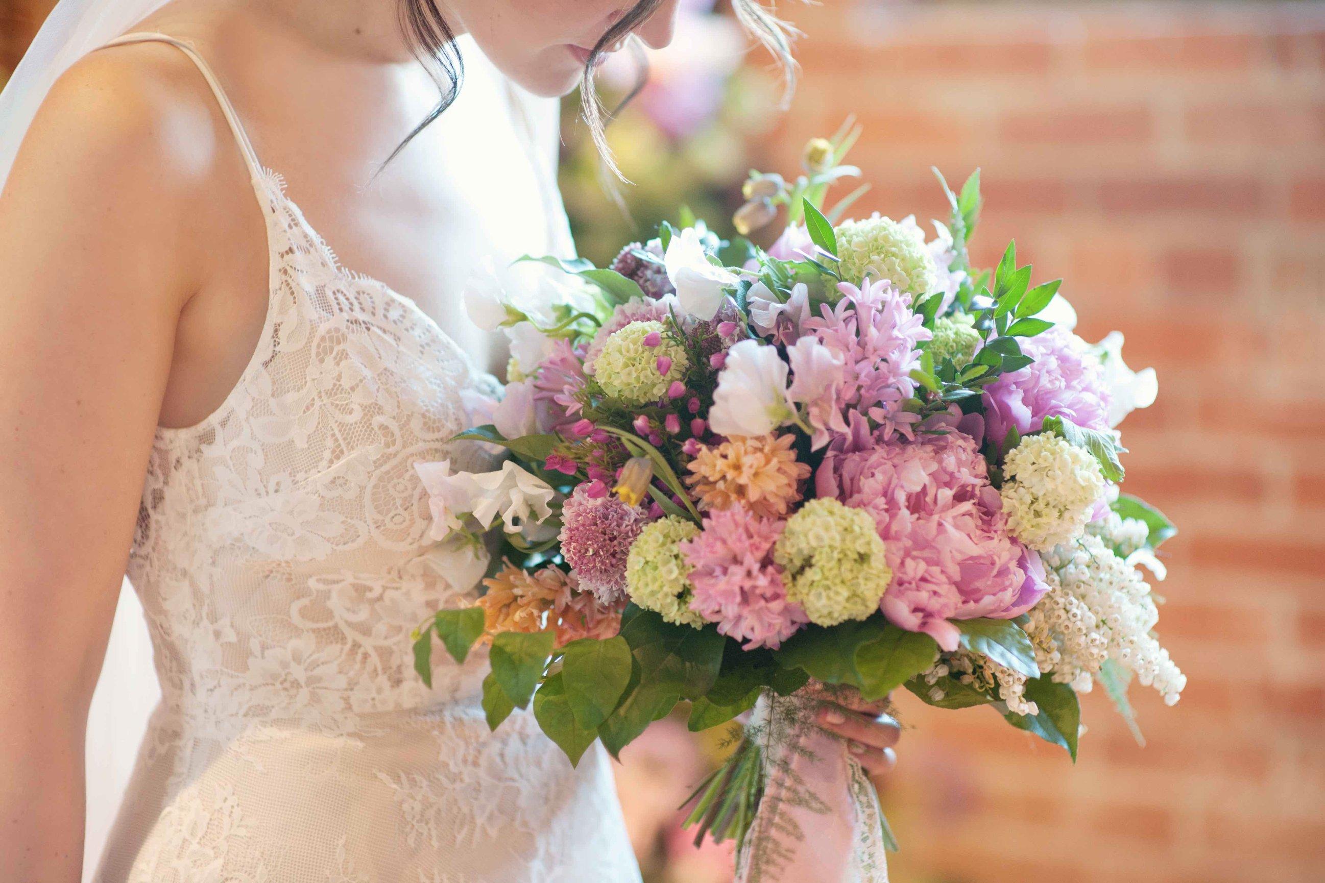 Spring Wedding Flower Favorites