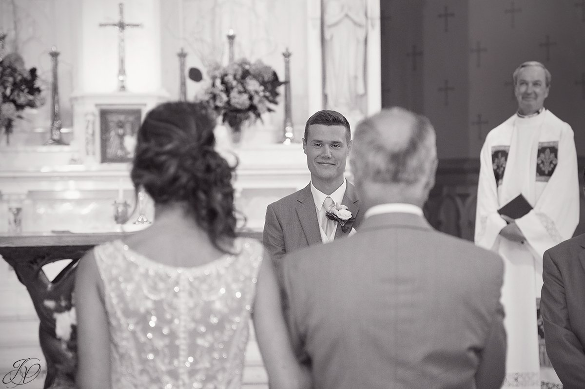 groom seeing bride for the first time during ceremony
