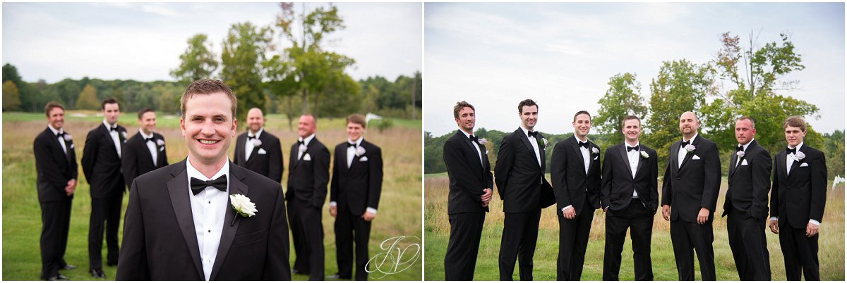 groomsmen portraits outside saratoga national